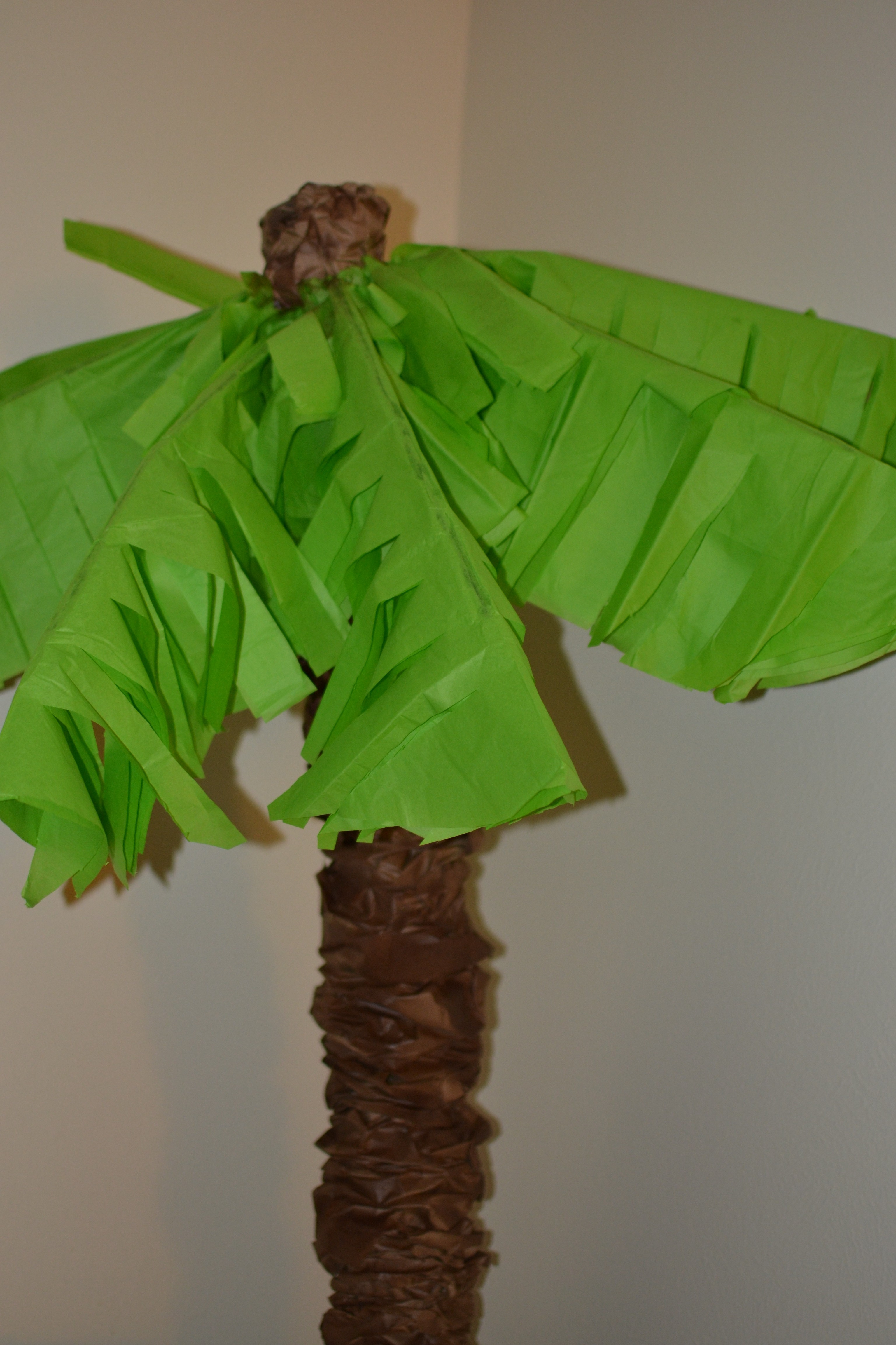 Make Your Own Palm Trees With Pool Noodles She Bakes And Creates